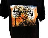 Birds on a lamp post in Central Park Black Unisex T-shirt XL