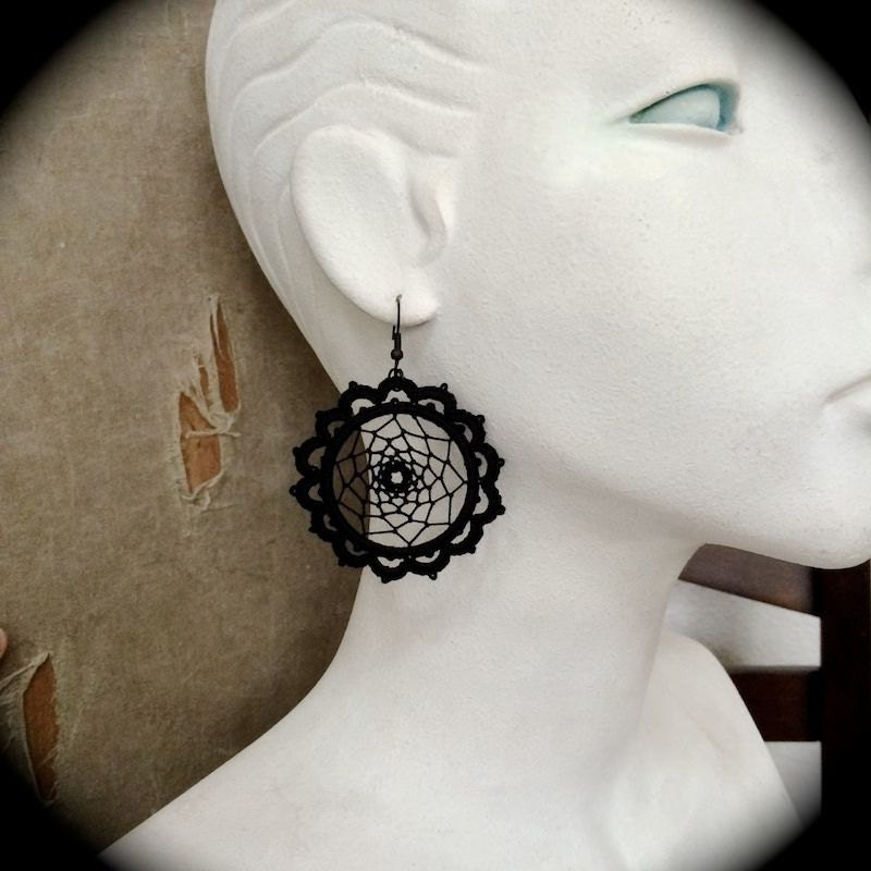 https://www.etsy.com/listing/169920349/tatted-lace-earrings-dream-catchers?