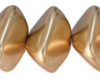 NEW Fabulous Wonky Ovals Agamemnon Czech Glass Beads 11x15 mm 6pcs