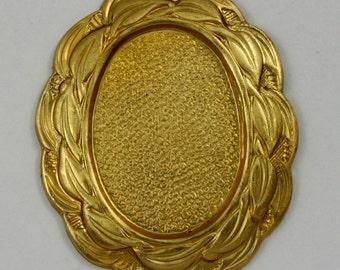 40mm Raw Brass Scalloped Edge Oval Cabochon Setting #1774