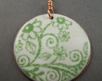 Ships within 24 hours . Enameled White and Green  Flower Circle Pendant 1