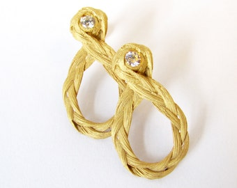 Zopf earrings 8 in gold with diamonds