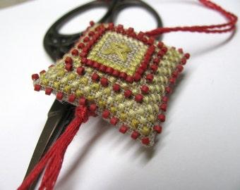 Homespun Star  Scissor Fob Ornament Pin Cushion Completed Beaded Cross Stitch Needlework