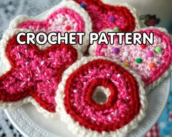 PDF Crochet Pattern - Valentines Day Sugar Cookies - xoxo heart