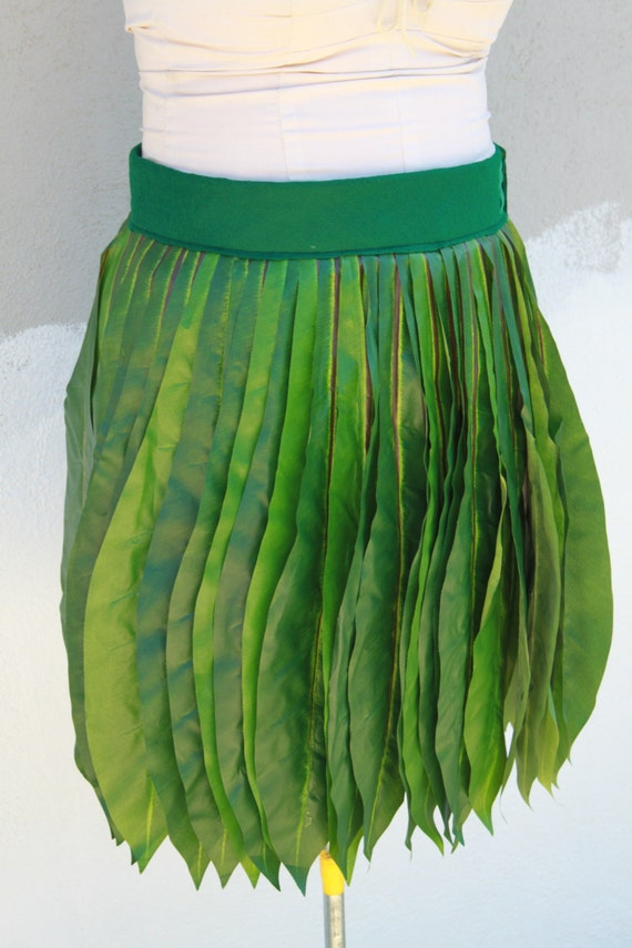Ti Leaf Hula skirt, made with very real looking silk leaves