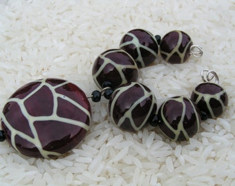 Handmade Lampwork Glass Beads - Giraffe Beads SRA - Howfunisthat -  Free Shipping to US and Canada