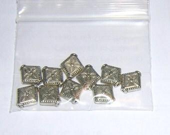 DIAMOND Shaped  Silvertone bead flower design (10) 10MM  PEWTER