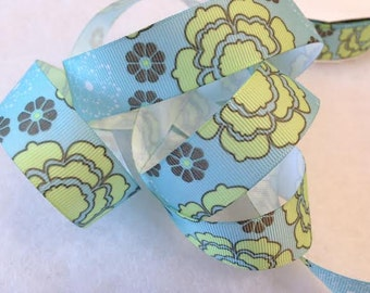Grosgrain RIBBON - 7/8 Inch x 5 Yards - Light Blue Flower Power