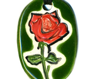 Red Rose Ceramic Necklace in Green