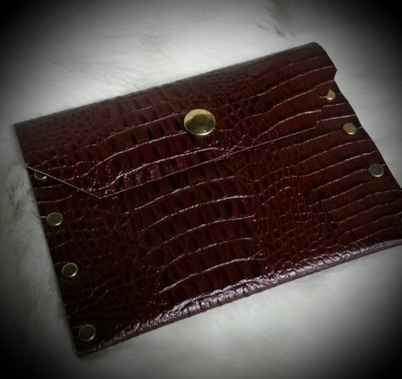 Brown Leather Passport Wallet Alligator Embossed Cowhide with Rivets