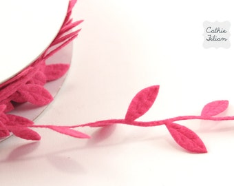 Leaf Ribbon - Hot Pink Felt - 3 yards Scrapbooking, Gift Wrapping, Trim, Scrapbooking