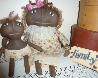Momma and Lil One Primitive doll Famlly
