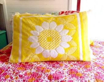 Vintage yellow daisy pillow