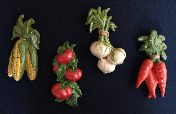 Vintage Ceramic Vegetable Wall Plaques Set Of 4 Corn Tomatoes
