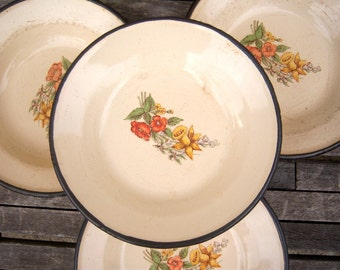Vintage enamel bowls / Yugoslavia / daffodils blue bells / set of 4 / enamelware