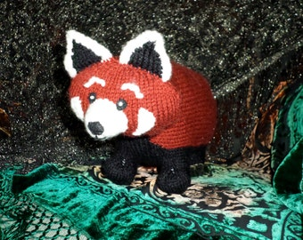 Cutest Anywhere Red Panda Knit Pattern