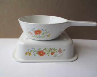 Vintage Corning Wildflower Retro Baking Pair