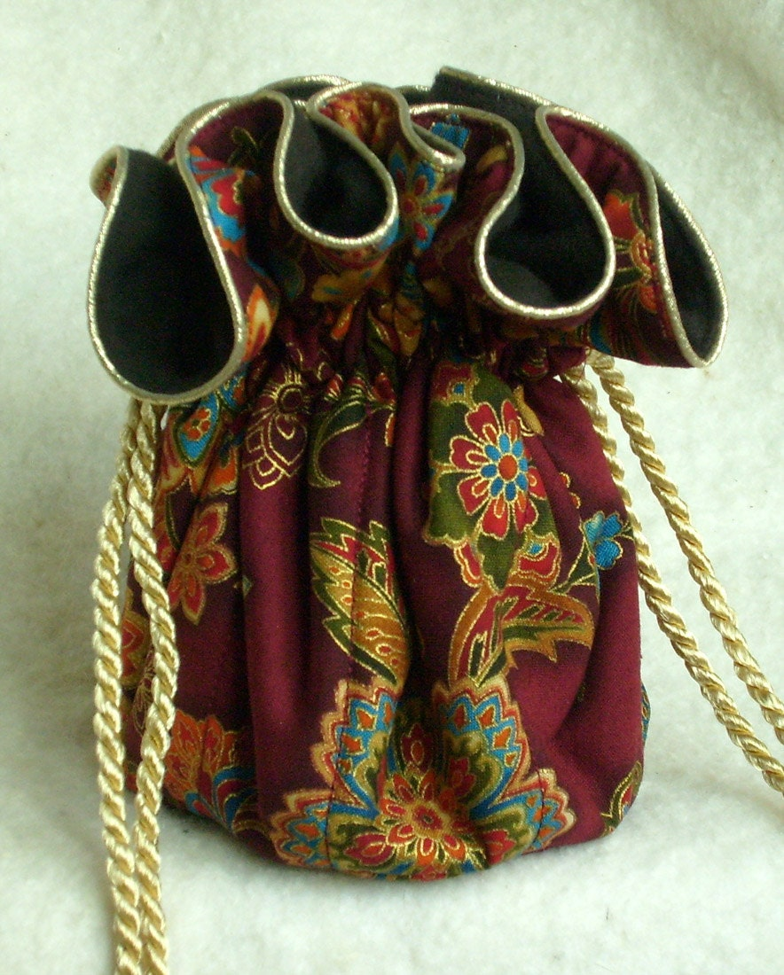 Anti tarnish jewelry pouch bag in ruby red for Anti tarnish jewelry bags