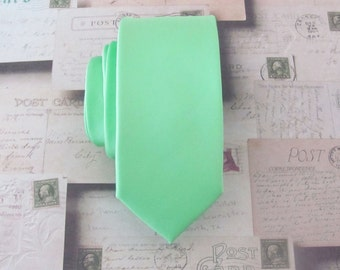 Mens Tie. Mint Green Spearmint Skinny Necktie With Matching Pocket Square Option