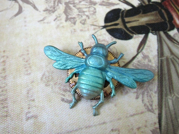 Bee Brooch, Bumble Bee Brooch, Insect Pin, Insect Brooch, Bug Pin, Steampunk, Blue, Bee Pin, Woodland Brooch,  Nature, Upcycled Clockworks
