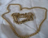 VINTAGE Gold Metal Bead Costume Jewelry Necklace & Bracelet