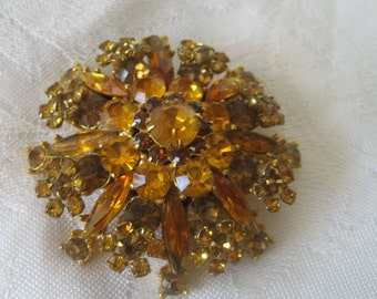 Large VINTAGE Amber Glass Rhinestone Jewelry Brooch