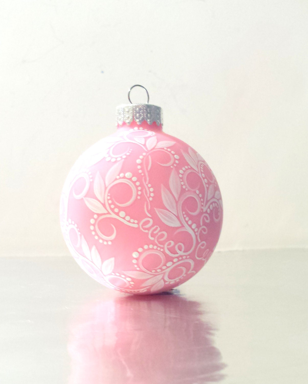Christmas ornament small glass pink and white swirls
