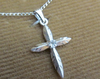 Leading Lady Vintage NOS Sterling Silver Cross Necklace