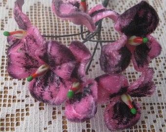 Velvet Forget Me Nots 6 Millinery Fabric Flowers Czech Republic Pink& Black