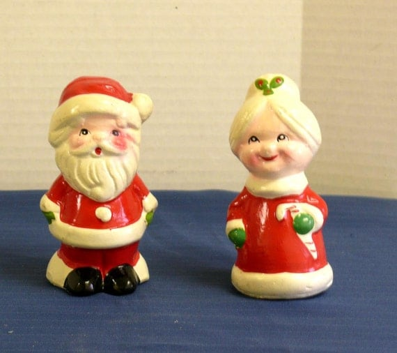 Mr and mrs santa claus figurines christmas decorations