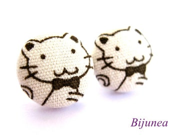 Cat earrings - White cat earrings - Cat stud earrings - White cat post earrings - Cat posts sf625
