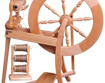 Ashford Traditional Spinning Wheel Single Drive - Free Shipping