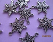 6 Snowflake Charms  19.25mm Antique Silver Pendant C14