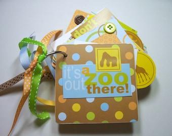 It's A Zoo Mini Scrapbook Album, Zoo mini Album, It's a zoo, Zoo scrapbook album, Zoo scrapbook, Zoo photo album, Zoo brag book, Zoo