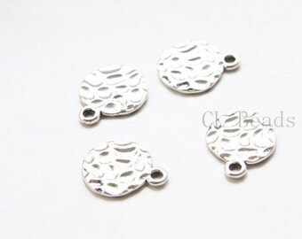 30pcs Oxidized Silver Tone Base Metal Textured Tags-Round 17x14mm (9331Y-C-372)