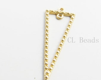 4pcs Matte 16K Gold Plated Base Metal Charm - Triangle (136C-Q-195)