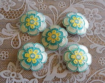 5 Metal and Enamel Flower Shank Buttons - super cute! 1 inch