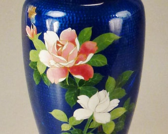 ASIAN CLOISONNE Japan  Enamel VASE Round Decorative Floral Blue background  7 in tall As Found