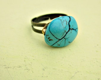 Blue Turquoise Stone on Adjustable Wire Wrapped Rustic Brass Ring: Cinqo