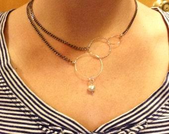 Wire hoop necklace