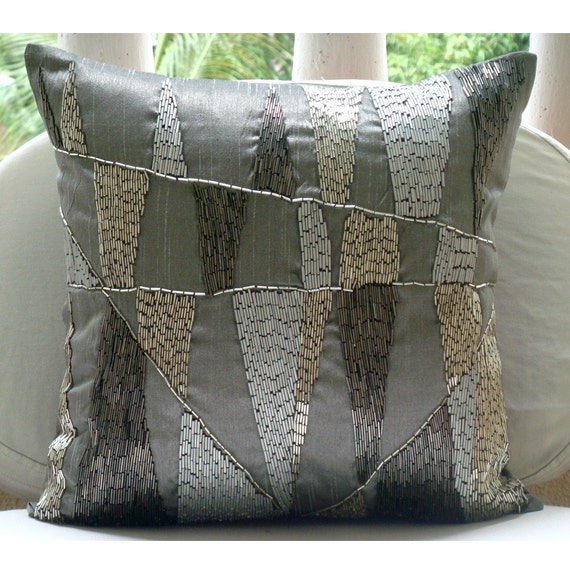 Grey Sofa Pillows: 301 Moved Permanently