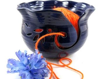 Yarn bowl, knitting bowl, Pottery yarn bowl in cobalt blue - made to order
