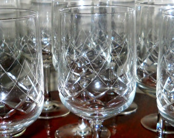 10 Beautiful Diamond Cut Crystal Wine Glasses -Vintage Set of 10 Hand Etched Crystal Clear Stemware - Fancy Barware Wine Glasses