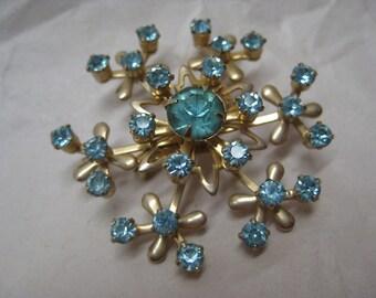 Flower Blue Brooch Rhinestone Gold Vintage Pin