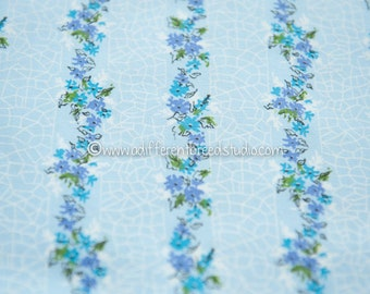 Pretty Wildflower Stripe - Vintage Fabric 50s 60s New Old Stock 37 in wide Pretty Blues