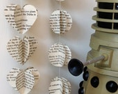 Dr Who Vintage Book Heart/Circle Strings Paper Mobile