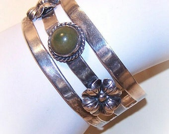 Vintage MEXICO SILVER Cuff Bracelet with Dyed Green Onyx Cab