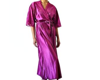 French Vintage Fuchia  Lingerie / Kimono / NightGown