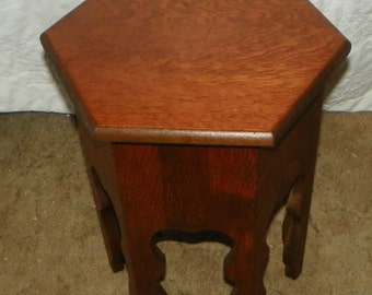 Quartersawn Oak Mission Plant Stand / Side Table