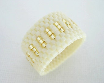 Peyote Ring / Seed Bead Ring / Beaded Ring in Cream and Gold / Beadwoven Ring / Custom Ring / Delica Ring /